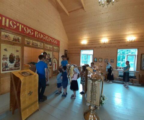День всех святых в земле Русской просиявших, день памяти Калужской иконы Божией Матери